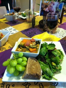 served with home made whole wheat bread, spinach salad, and grapes...and a glass of vino because its a celebration, folks!