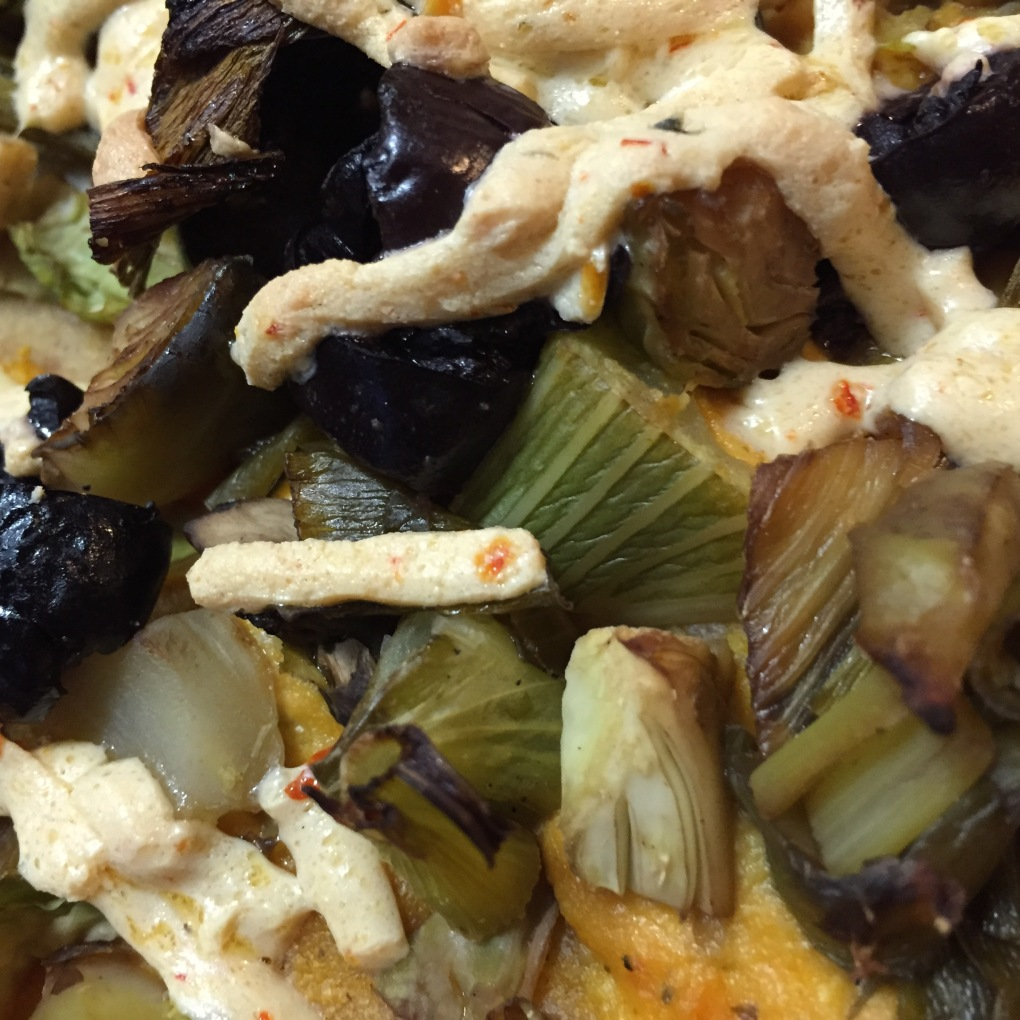Fennel, Brussels sprouts, mushrooms, kalamata olives, and daiya cheese. For. The Win.